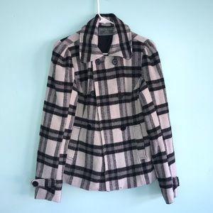 🦋 Plaid black and grey pea coat